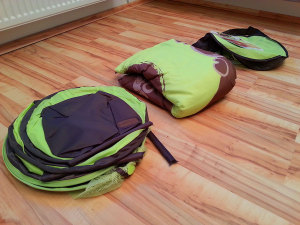Babymoov-Reisebett-auspacken